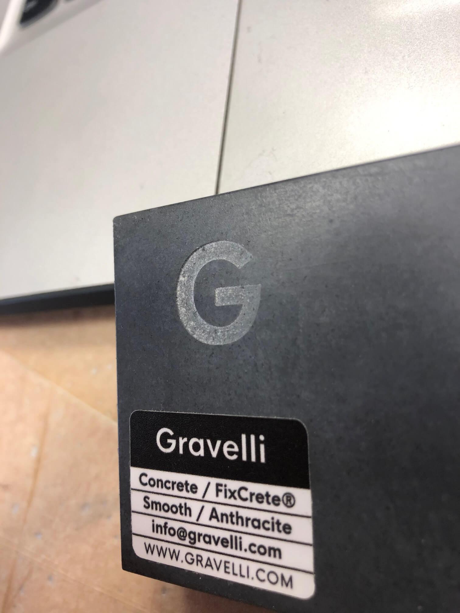 laserové gravírování do informační desky